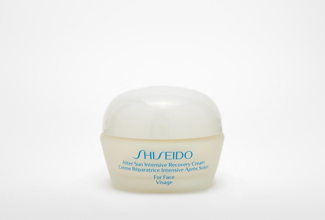 Восстанавливающий крем для ухода за кожей лица после пребывания на солнце Shiseido After Sun Intensive Recovery Cream
